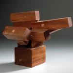 Escultura en madera. 11,5 x 14 x 12,5 cm.